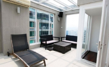 Urban Properties to rent Mid Level Central Hong Kong Balcony Rooftop
