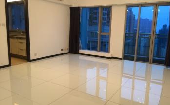 Urban Properties to rent Sai Ying Pun Hong Kong Balcony