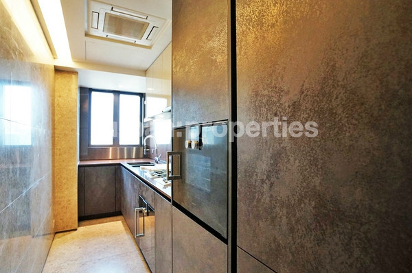 Urban Properties to rent Mid Levels West hong kong