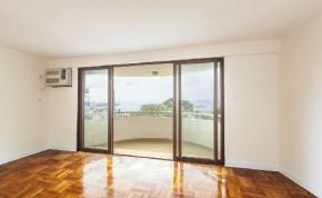 Urban Properties to rent Pok Fu Lam Hong Kong Balcony