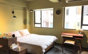 Urban Properties to rent Sheung Wan Hong Kong Rooftop